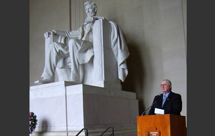 Rear Admiral Carey of The Flag & General Officers' Network speaking at the Lincoln Memorial